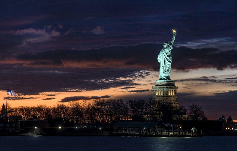 Ảnh tượng nữ thần tự do buổi tối đẹp chất nhất