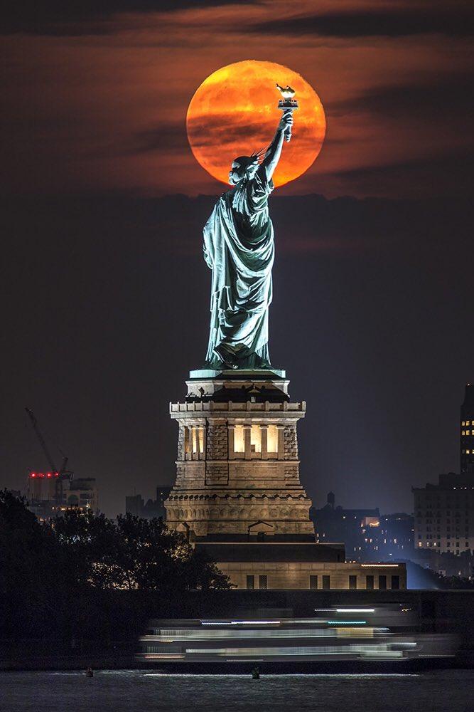 Hình ảnh đẹp và ấn tượng về tượng nữ thần tự do