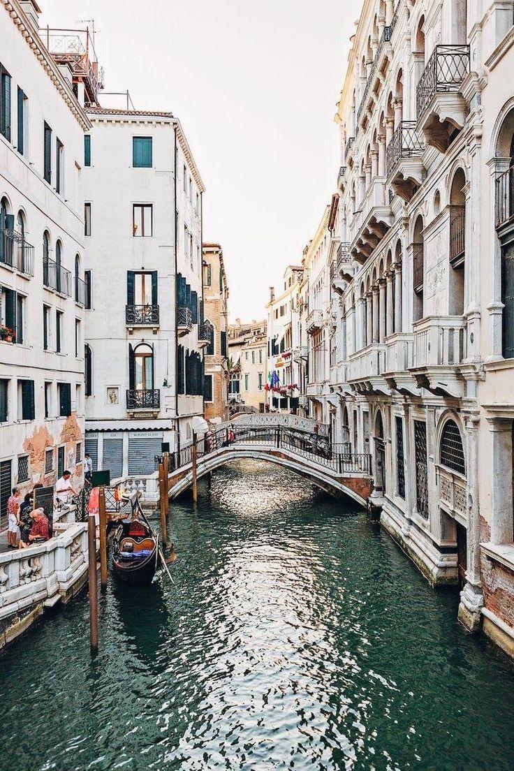 Hình ảnh kiến trúc độc đáo của các tòa nhà ở Venice