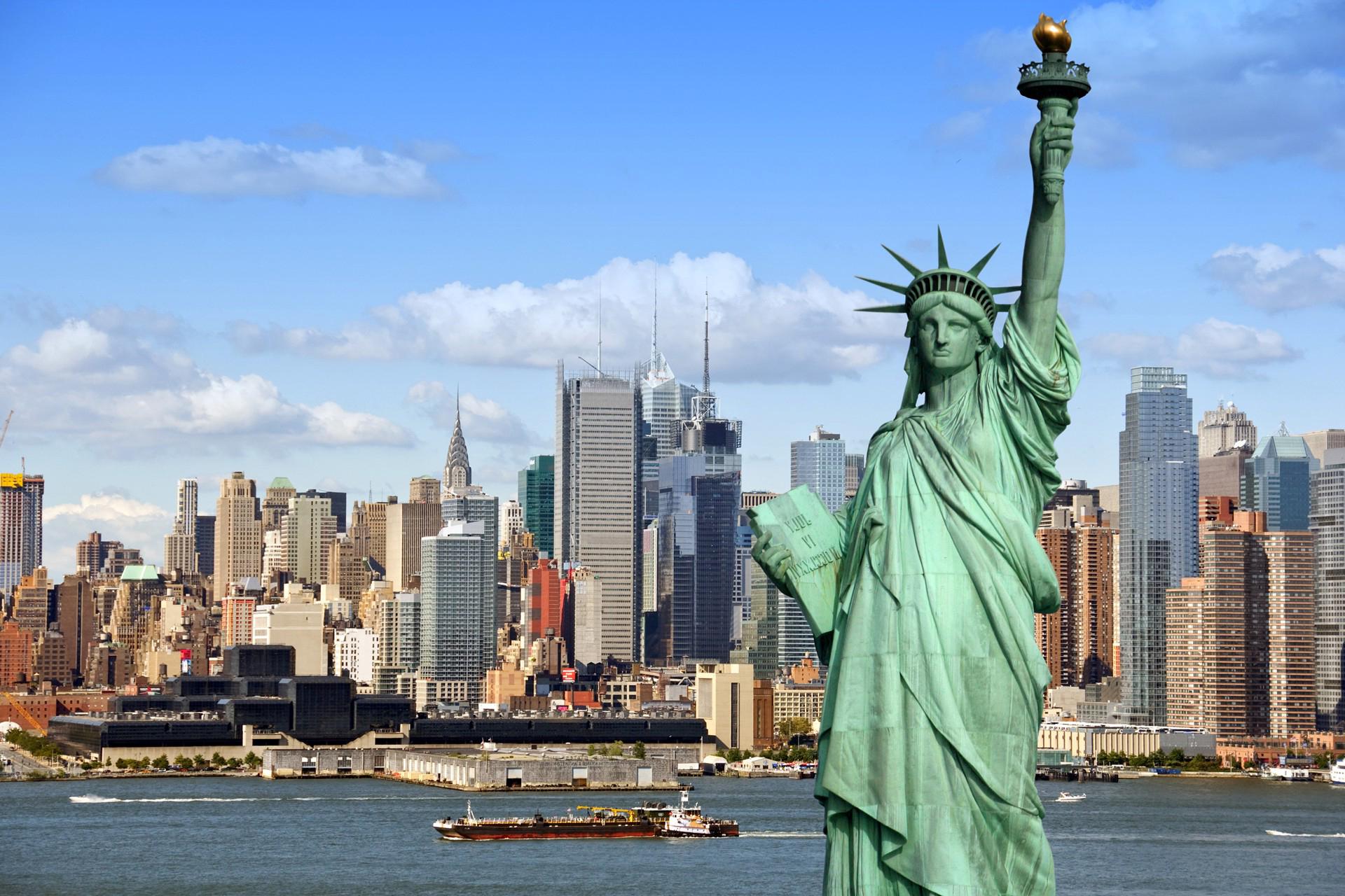 Hình ảnh tượng nữ thần tự do - biểu tượng của nước Mỹ