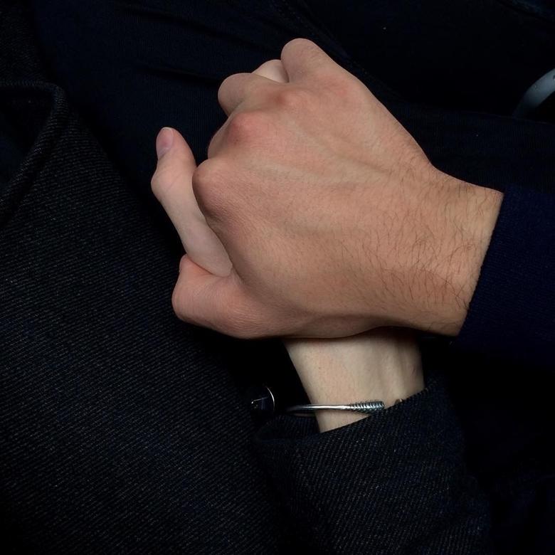 Hình ảnh đẹp nhất nắm tay bạn trai