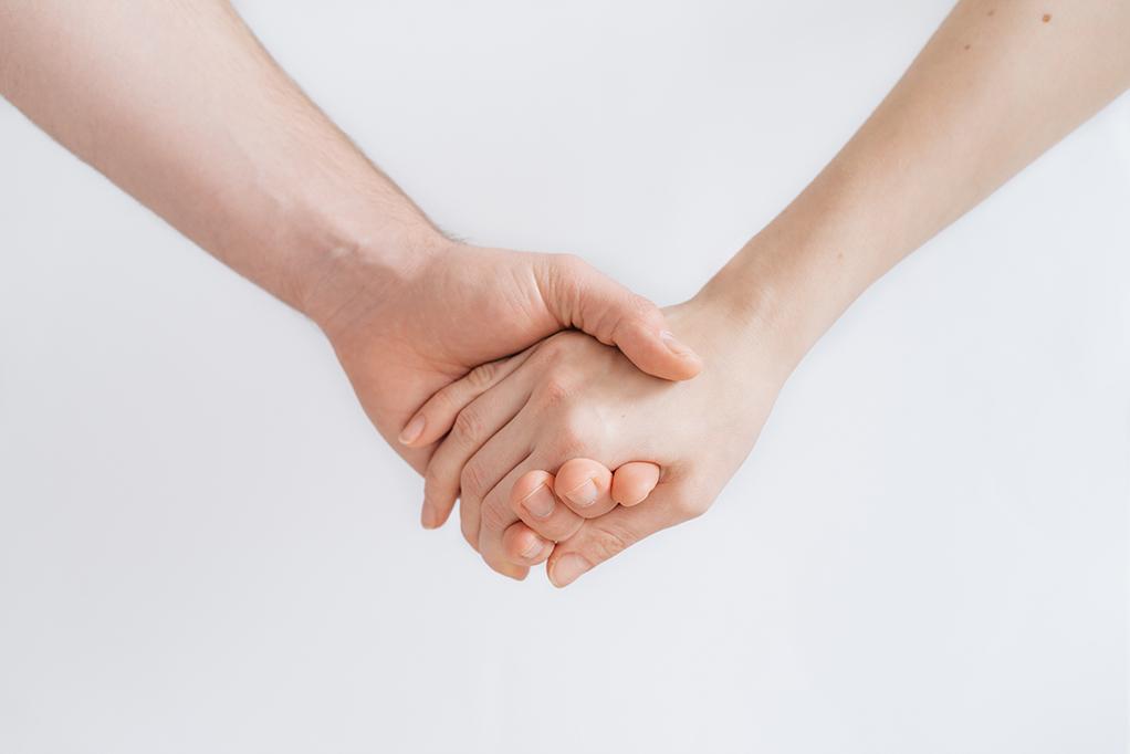 Hình ảnh nắm tay cute