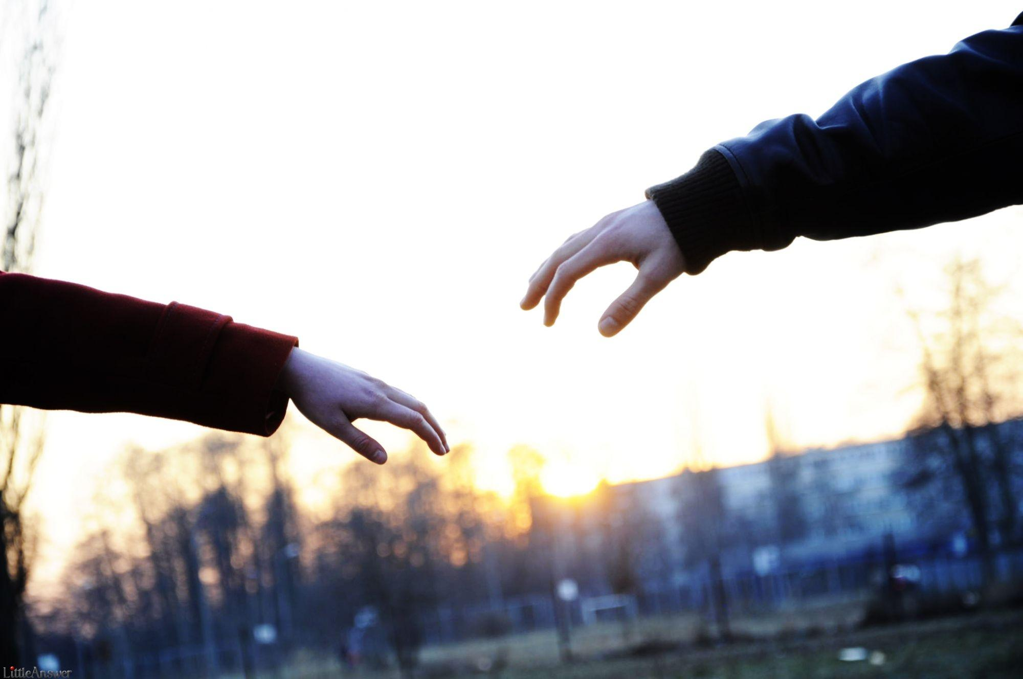 Hình ảnh nắm tay người yêu đẹp nhất