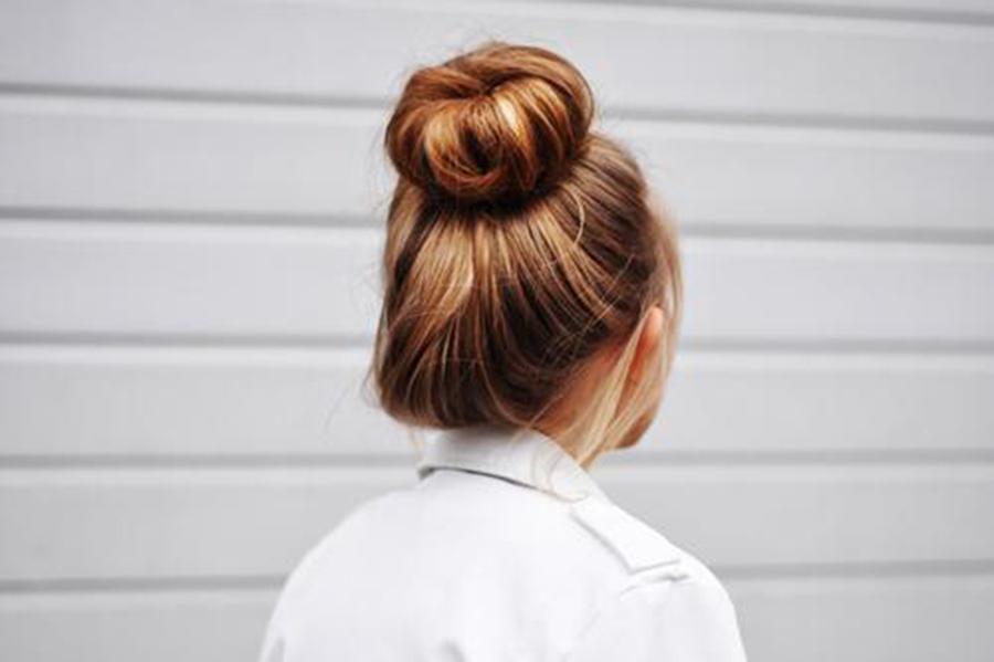 Kiểu búi tóc củ tỏi đơn giản và đẹp nhất