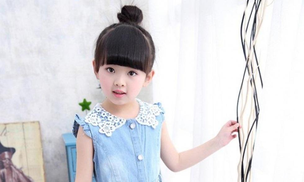 Kiểu buộc tóc cho bé gái đơn giản nhất