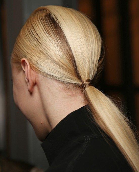 Kiểu buộc tóc dài đẹp và đơn giản