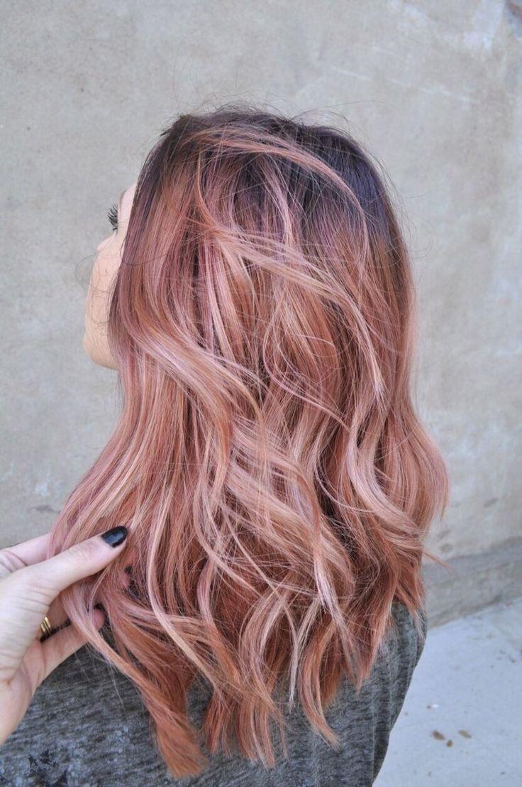 Kiểu tóc móc lai màu hồng đẹp