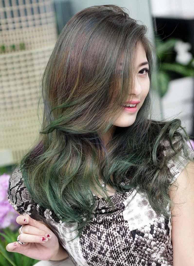 Kiểu tóc móc lai xanh rêu đẹp