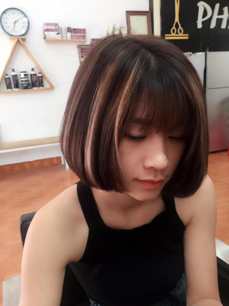 Kiểu tóc móc light bạch kim