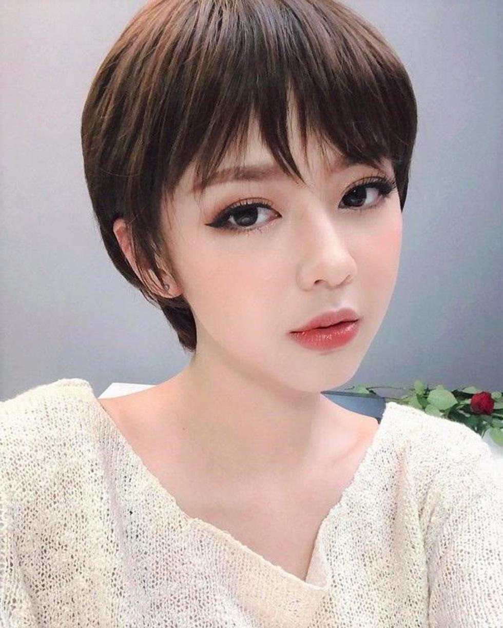 Kiểu tóc ngắn bob cho mặt dài
