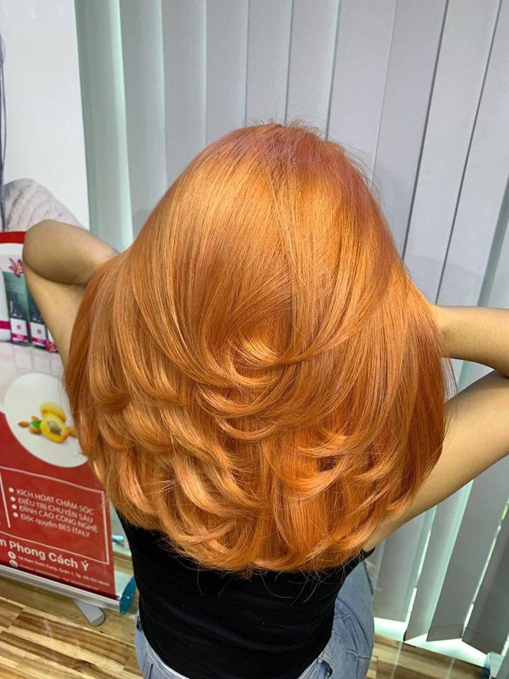 Kiểu tóc nhuộm vàng đẹp