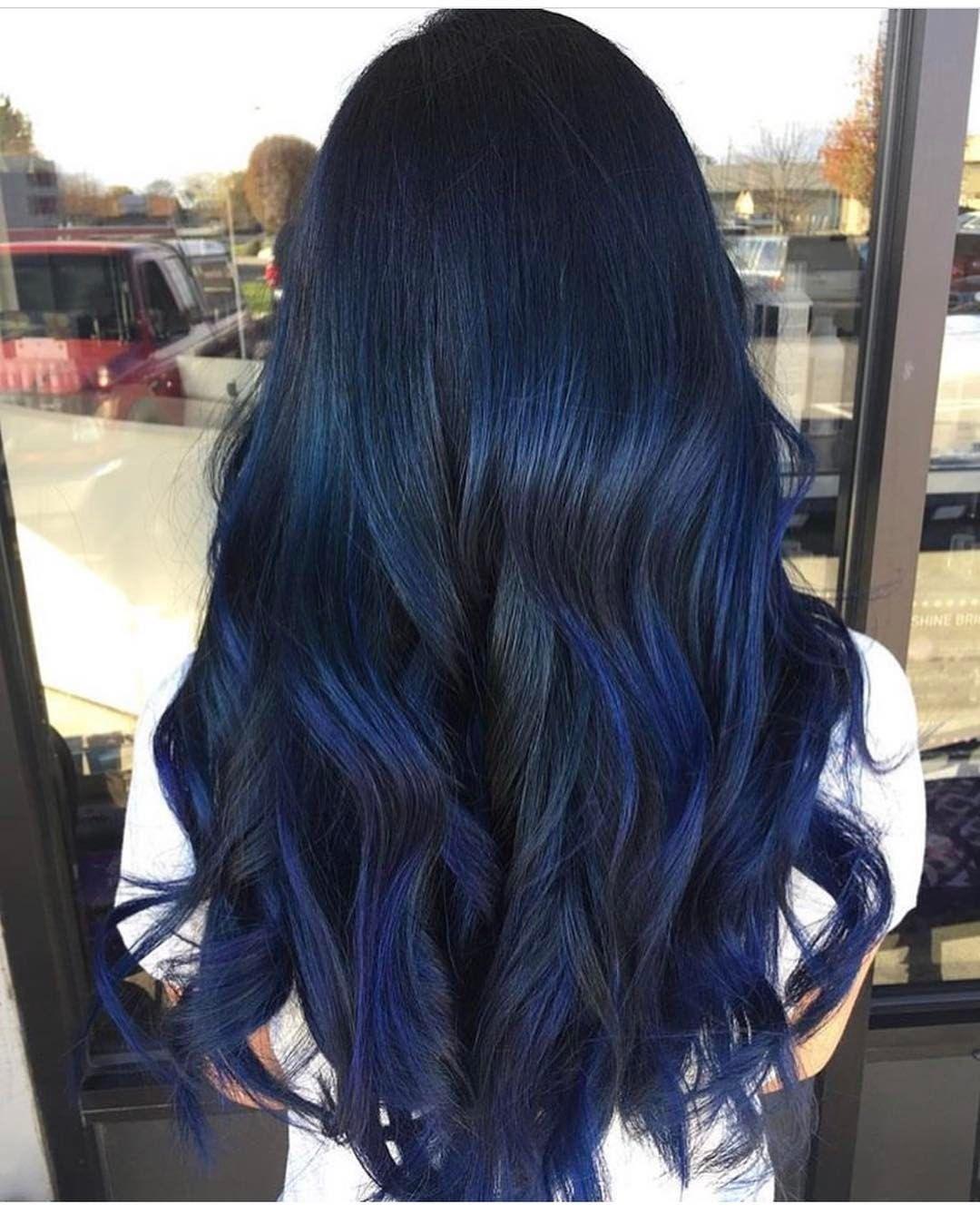 Kiểu tóc nhuộm xanh đen đẹp